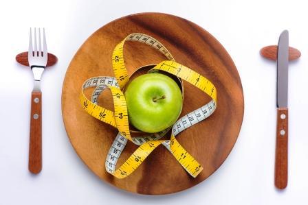 Mýty o diéte - jablko a meter na tanieri.jpg