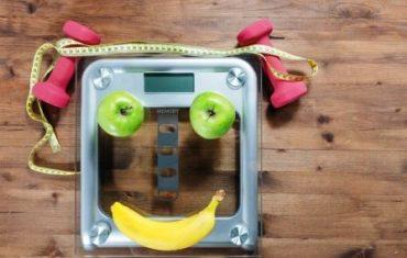 Vaha s ovocim v tvare usmevu.jpgVaha s ovocim v tvare usmevu.jpg